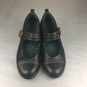 Ecco black leather Mary Jane shoes